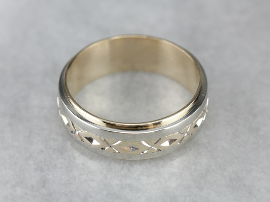 Men's Two Tone Pattern Wedding Band