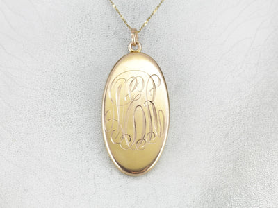 Beautifully Engraved 1913 Duel Sided Locket