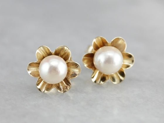 Vintage Pearl Stud Floral Earrings