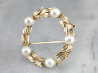 Vintage Pearl Wreath Pin