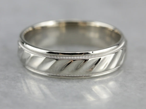 Faceted Patterned White Gold Wedding Band