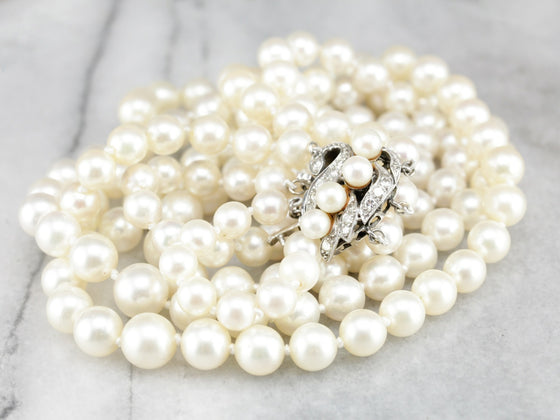 Retro Era Culture Pearl Necklace with Diamond Details
