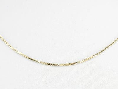 Vintage Box Chain in Yellow Gold