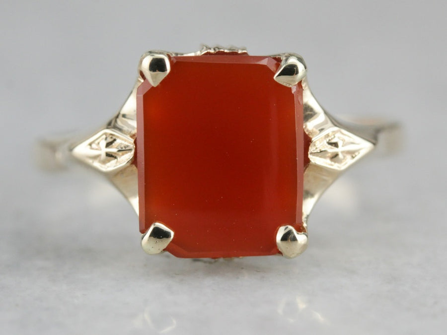 Retro Era Carnelian Ring in Yellow Gold