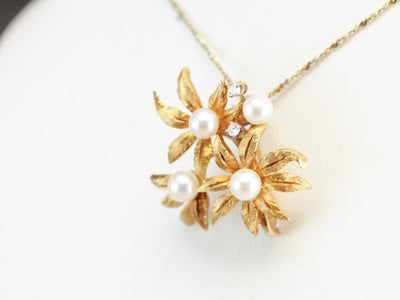 Vintage Floral Pearl Gold Scarf Clip Pendant