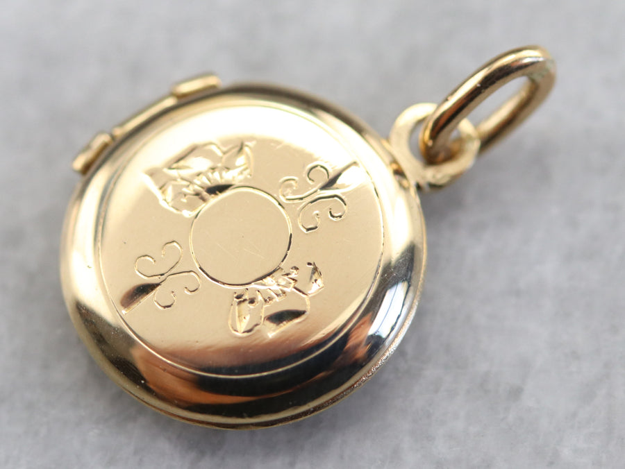 Small Gold Vintage Locket