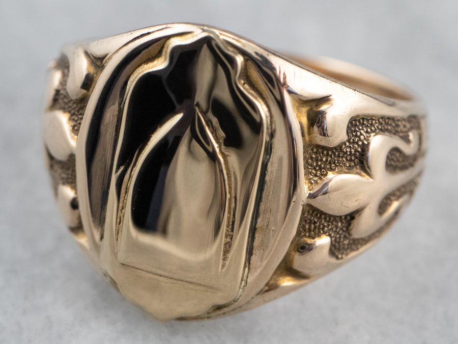 Antique Patterned Gold Signet Ring