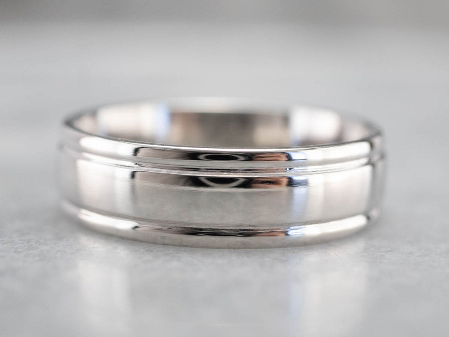 Plain Platinum Comfort Fit Wedding Band