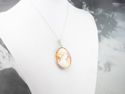 Vintage Sterling Silver Cameo Pendant