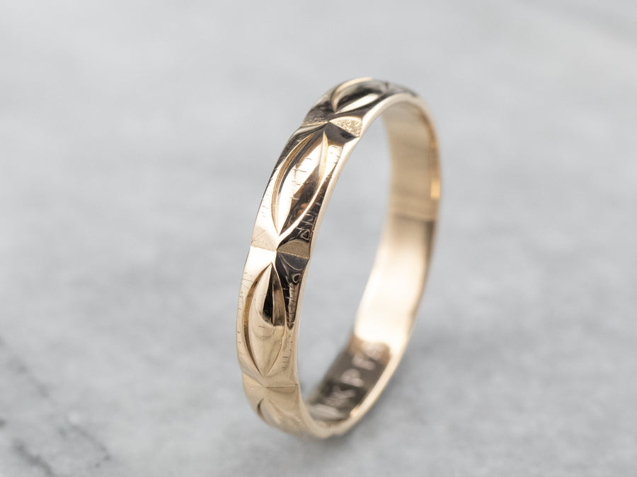 Vintage Patterned 14K Gold Wedding Band