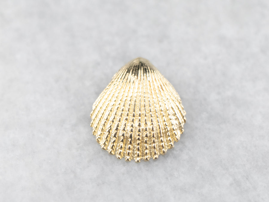 Gold Scallop Shell Pendant