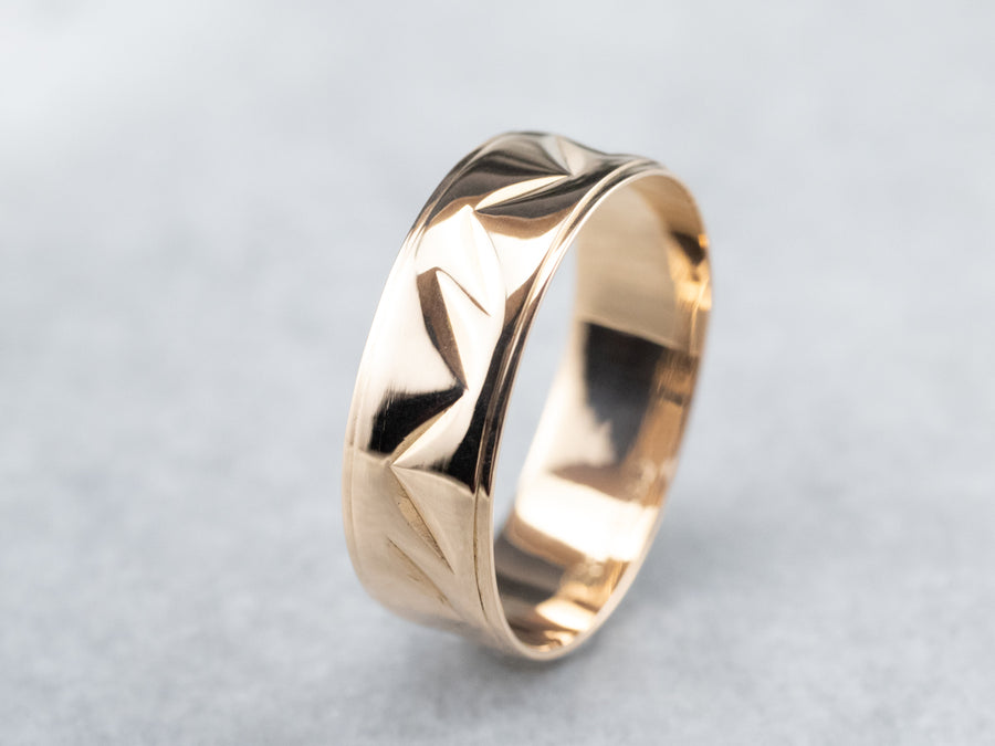 18K Gold Chevron Patterned Cigar Band Ring