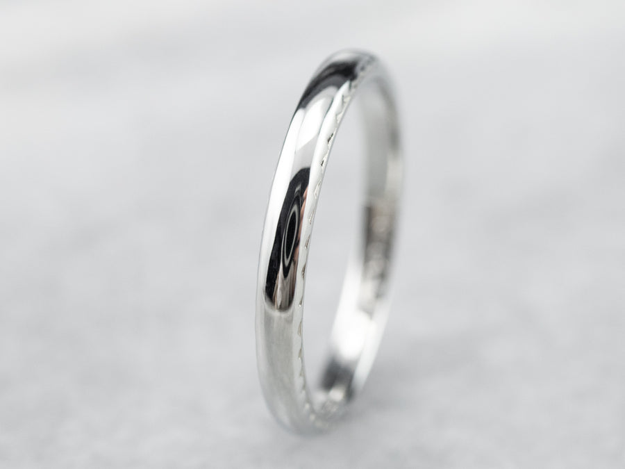 Vintage White Gold Wedding Band with Etched Profile
