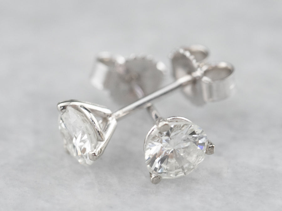 Round Diamond White Gold Stud Earrings