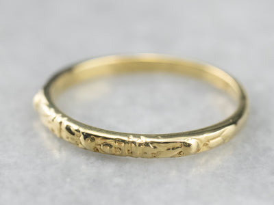 Vintage 18K Gold Patterned Wedding Band