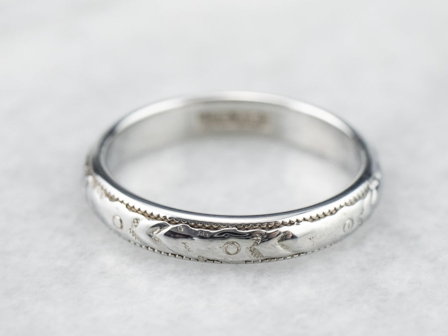 Engraved Gold Pattern Band