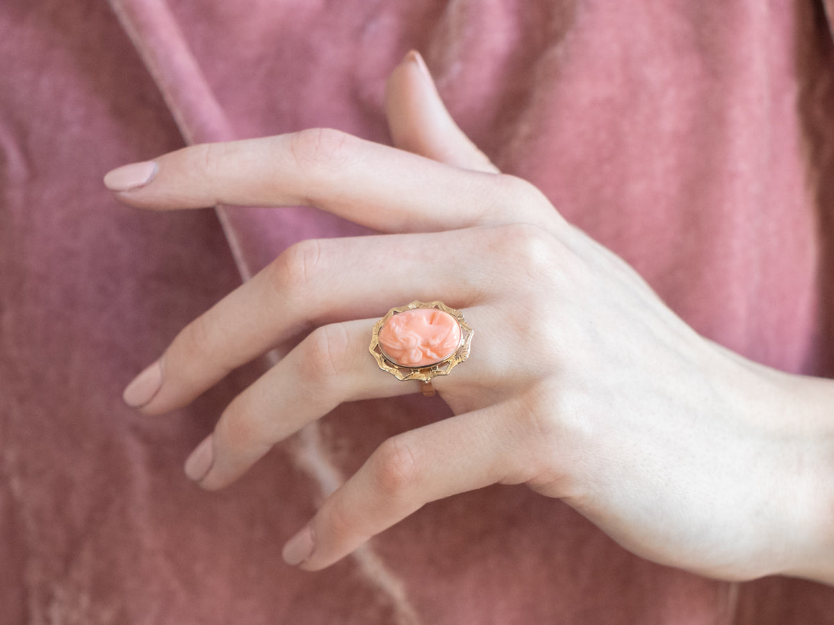 Vintage style ring in bronze toned watermark with cameo of real dried flowers 5 colors