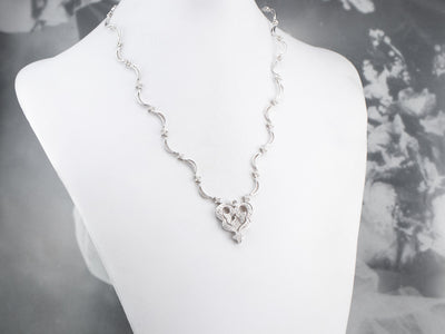 18K White Gold Modern Diamond Necklace