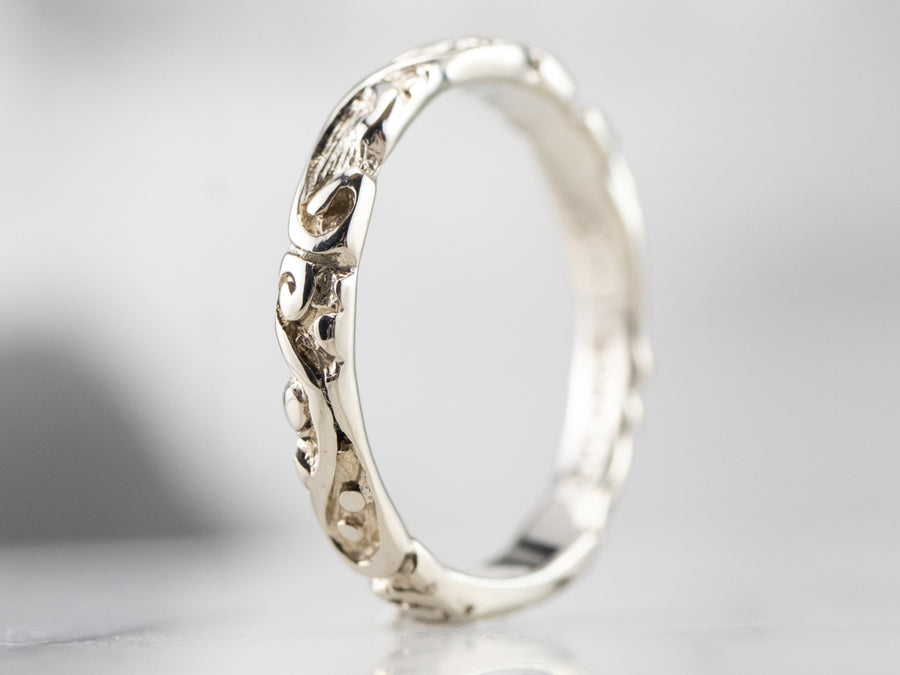 Scrolling White Gold Pattern Band