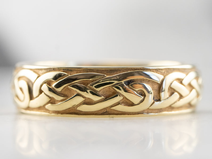 18K Gold Celtic Patterned Wedding Band