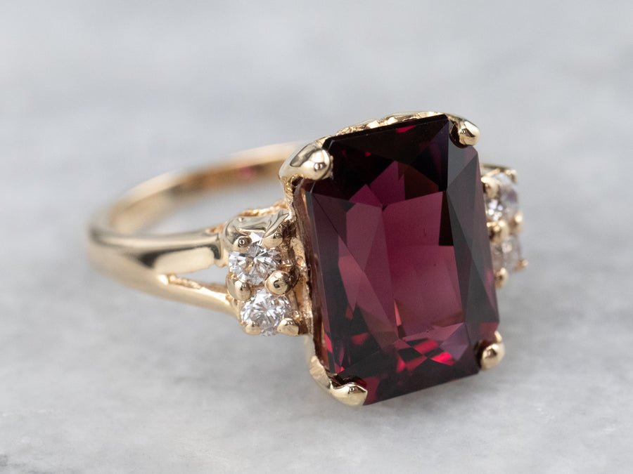Vintage Garnet Diamond and Gold Ring