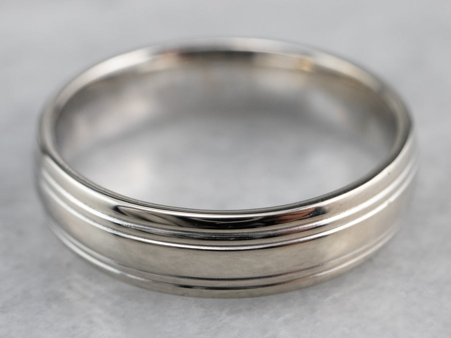 Unisex 14K White Gold Lined Band