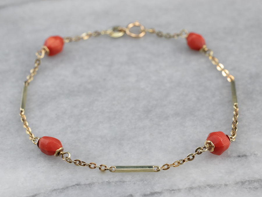 Mid Century Coral and Gold Link Bracelet
