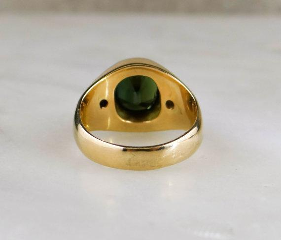 Green Sapphire in 14k Gold  Unisex Vintage Ring