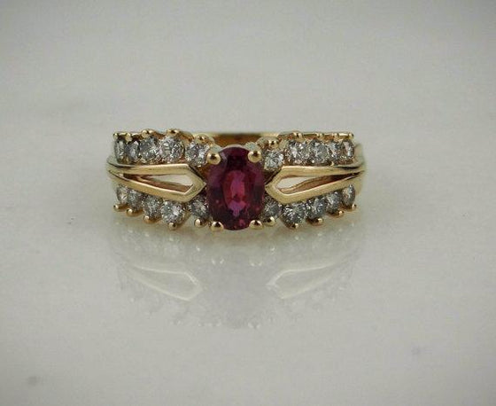 Cocktail Ring with Ruby and Diamonds