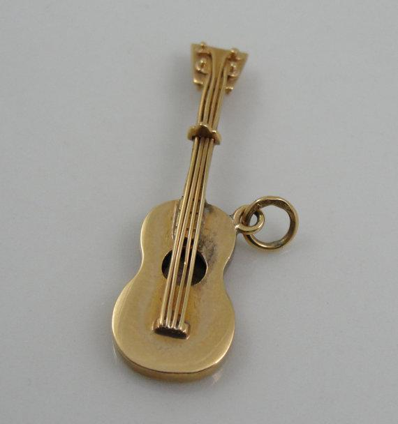 18k Yellow Gold Guitar Pendant or Charm