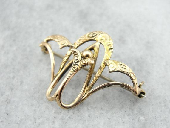 Fleur de Lis Watch Pin in Fine Gold