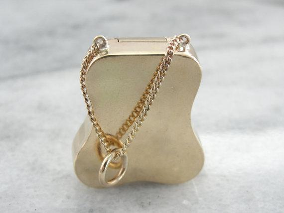 Fine Gold Engraved Purse Locket or Pendant