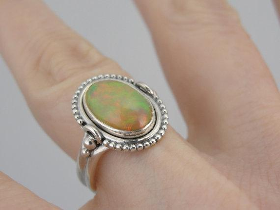 Gorgeous Ethiopian Opal Ladies Ring