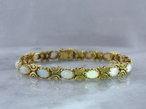 The Gift of Opal: Vintage 18K Gold Bracelet of Exceptional Quality
