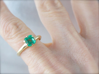 Lovely Emerald Solitaire for Engagement or Anniversary