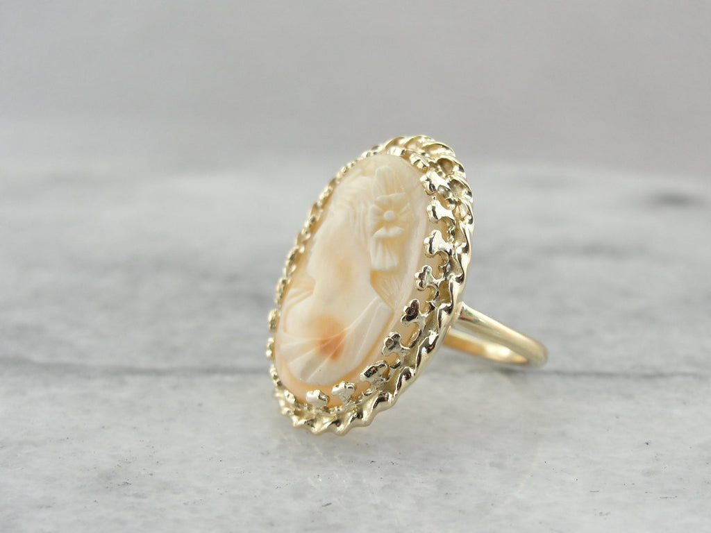 Cameo Cocktail Ring in Vintage Mid Century Mounting