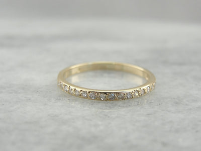 Simple Vintage Artcarved Diamond Band