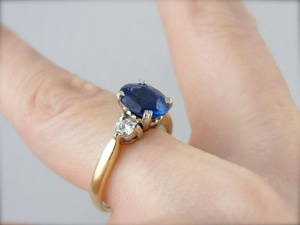Stunning Sapphire and Diamond Mix Metal Engagement Ring