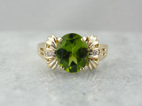Bright Peridot Cocktail Ring in Modern Gold Mounting