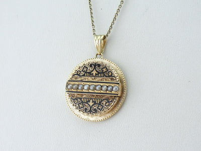 Victorian Seed Pearl and Enamel Disc Pendant in Yellow Gold