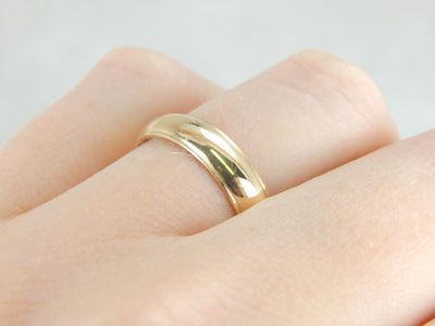 Double Edge Wedding Band in Yellow Gold