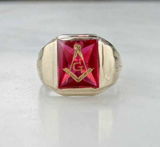 Masonic Ring set with Bright Red Ruby Glas