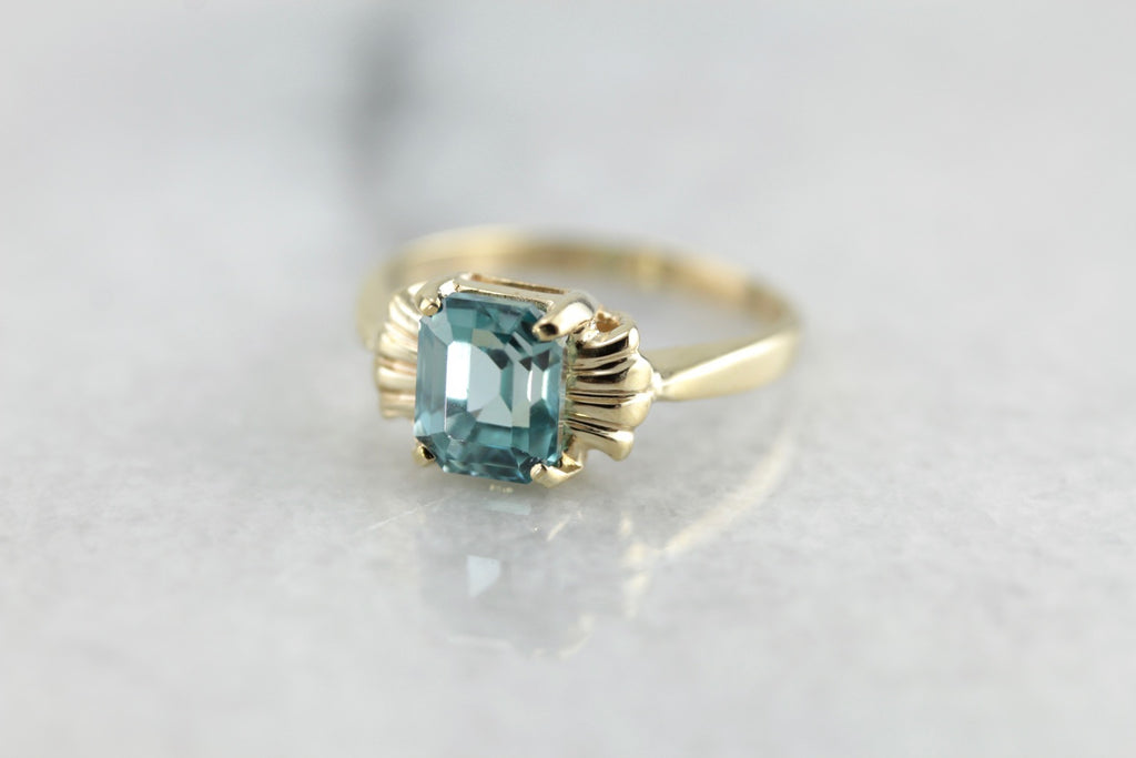 Vintage Blue Zircon Right Hand Ring, Easy to Wear in Yellow Gold