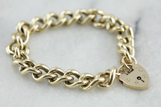 Vintage English Made Padlock Link Bracelet in Yellow Gold
