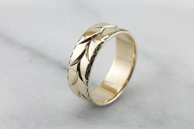 Organic Pattern Wedding Band