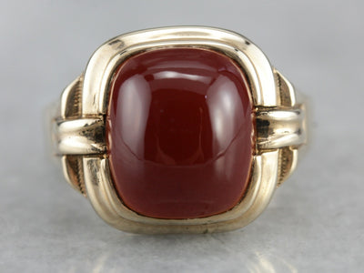 Richly Shaded Burnt Umber Carnelian and Gold Ring from the Retro Era