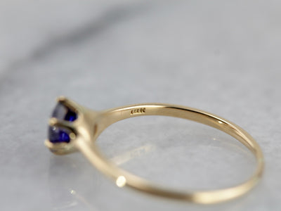 Classic Sapphire Solitaire in Vintage High Karat Gold Mounting, Versatile and Lovely
