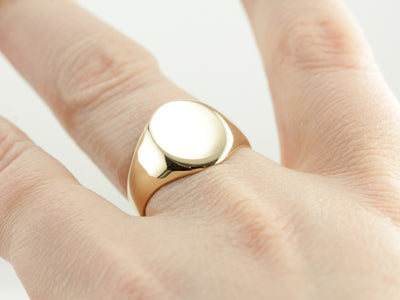 Sleek Vintage Yellow Gold Signet Ring