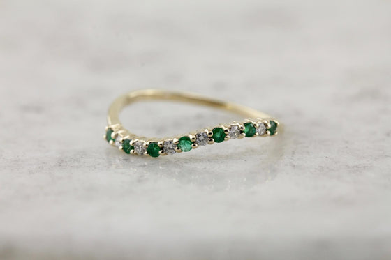 Emerald and Diamond Wedding Band, Curved Stacking Ring in Yellow Gold, Glitters!