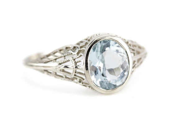 Aquamarine Solitaire in the Nola Setting from The EH Collection